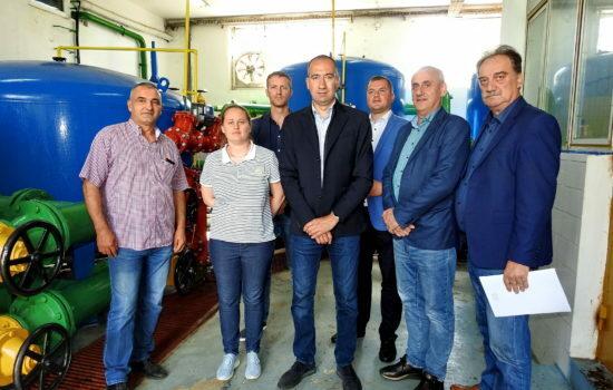 Vuk Radojevic sa saradnicima