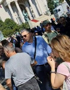 Boško obradović na protestu